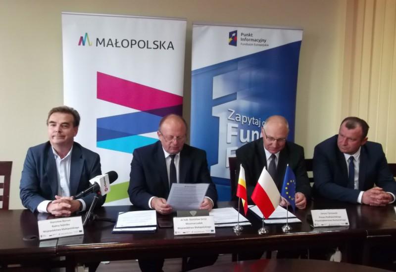 Rozbudowa i modernizacja oczyszczalni ścieków w Kluszkowcach i Maniowach